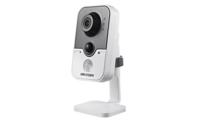 IP-камера Hikvision DS-2CD2420F-IW (2.8 мм)