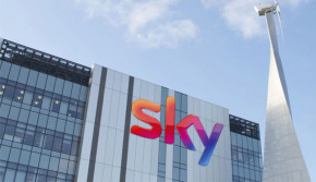 Comcast outbids Fox in auction for Sky valuing media company at £29.7bn